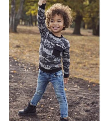 Koko - Noko kamufliažinis megztinis berniukui. Spalva juoda/ pilka
