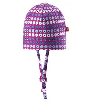 Reima pavasario kepurė su raišteliais Linna. Spalva šviesiai violetinė su gėlytėmis