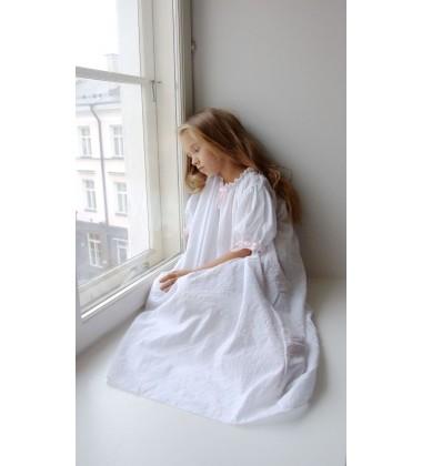 Amiki Children naktinukai mergaitei Vanessa. Spalva balta