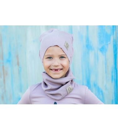 Tuss vaikiškas komplektukas (kepuraitė + šalikėlis) . Spalva šviesiai rožinė