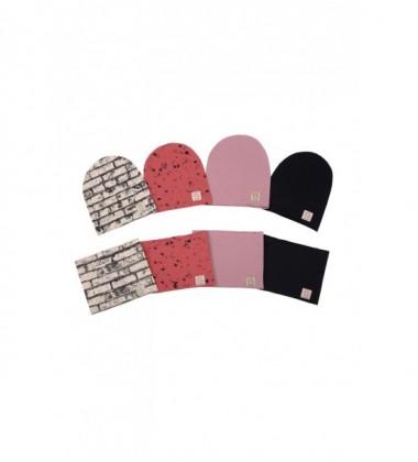 Tuss vaikiškas komplektukas (kepuraitė + šalikėlis) . Spalva raudona su juodu printu