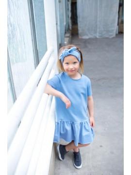 Tuss suknelė mergaitei trumpomis rankovėmis. Spalva žydra