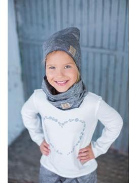 Tuss vaikiškas komplektukas (kepuraitė + šalikėlis) . Spalva pilka