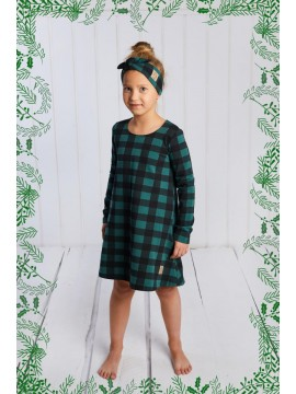 Tuss vaikiška suknelė. Spalva žalia su langeliais
