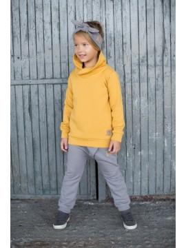 Tuss vaikiškas džemperis . Spalva geltona